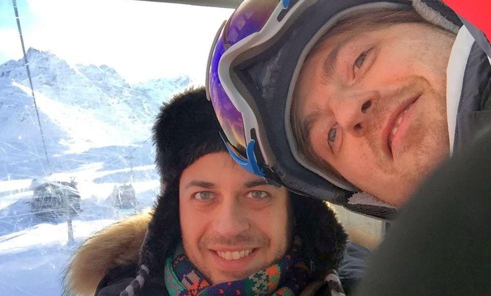 Colegi la Vitalaire, avocatul Bobu (dreapta) și Bentu la munte, în Austria. FOTO Facebook