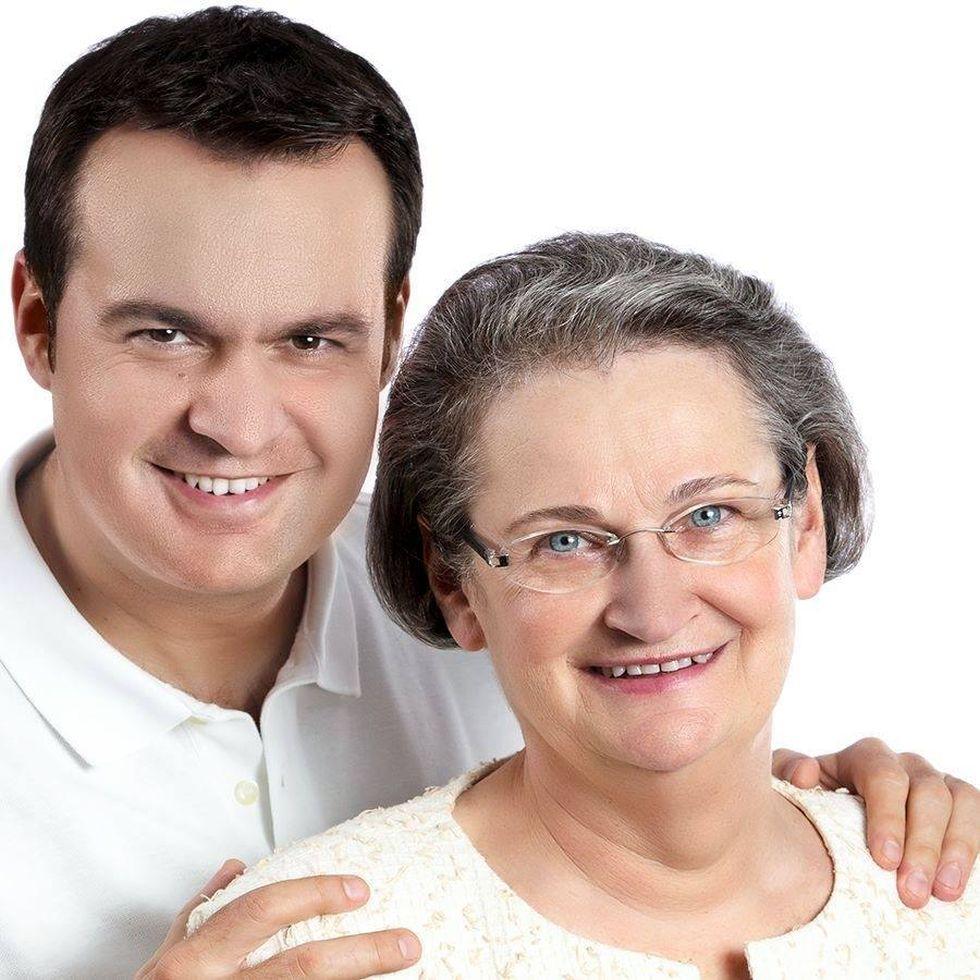 Viorica Cherecheș și fiul acesteia, Cătălin, primarul suspendat din Baia Mare