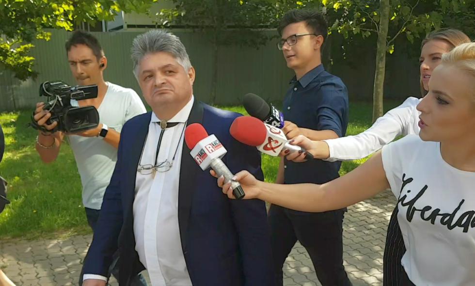 """Adrian Florin Secureanu, pe 11 septembrie, la ieșirea de la primul termen al dosarului """"Malaxa"""""""