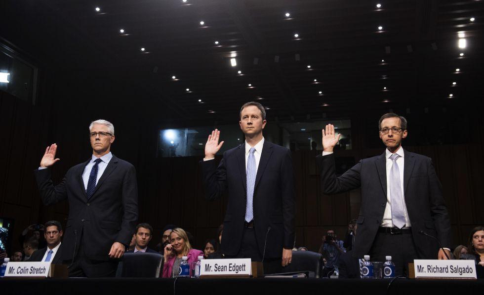 De la stânga la dreapta, Colin Stretch (Facebook ), Sean Edgett (Twitter) și Richard Salgado (Google)