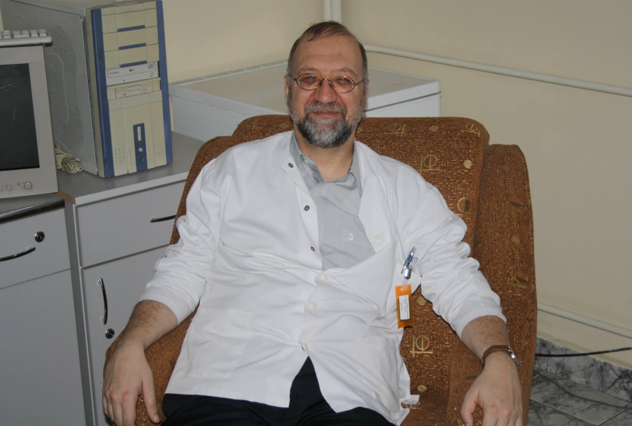Doctorul Vasile Drug, cel care a ales să se retragă din concurs (ziaruldeiasi.ro)