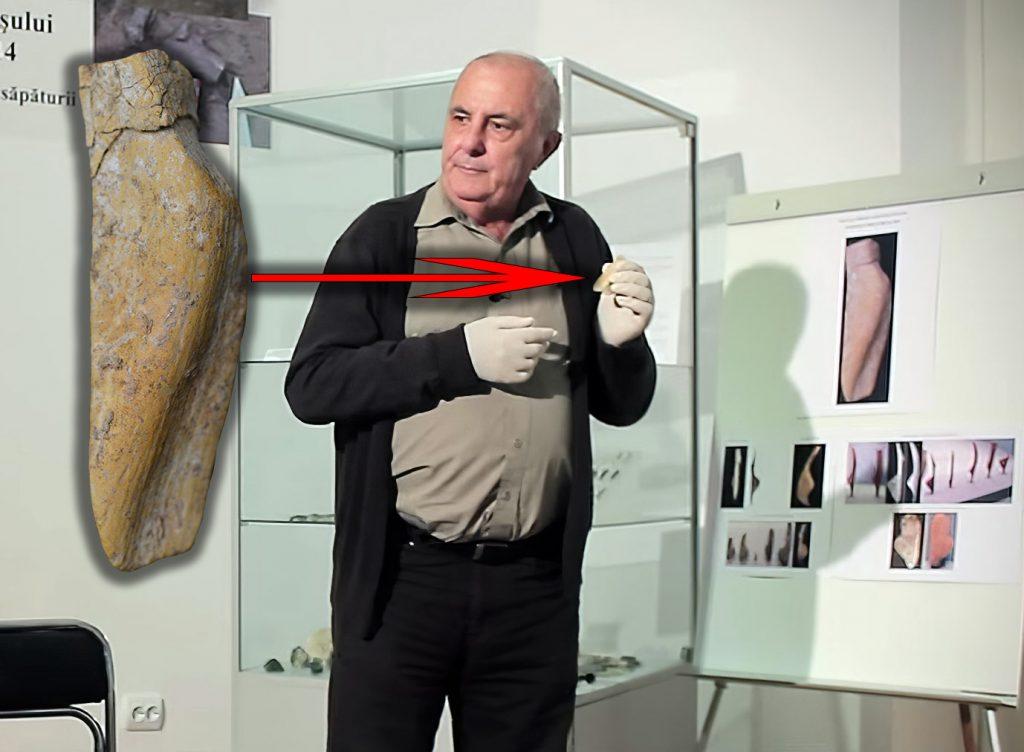 Profesorul Marin Cârciumaru și cea de a doua statuetă Venus