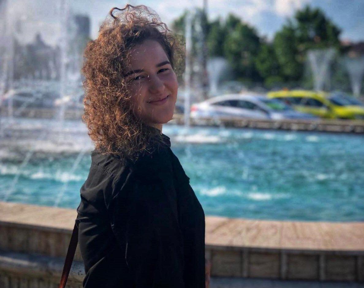 Andreea a murit la 22 de ani, la 9 nouă zile după ce și mama ei a decedat tot din cauza COVID-19
